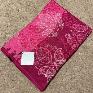 Vera Bradley soft fringe scarf stamped paisley